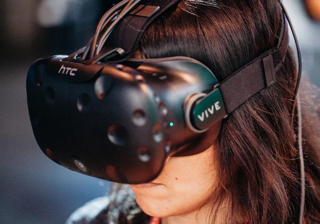 Virtual Reality fun at Universe